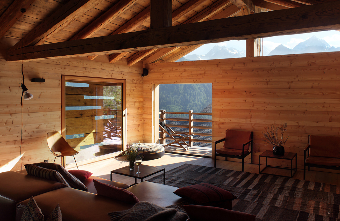 rent-a-chalet-in-the-swiss-alps-montagne-alternative-living-room
