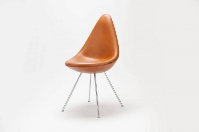 fav eshops vintage and antique - Chaise Arne Jacobsen Drop par Fritz Hansen Danemark