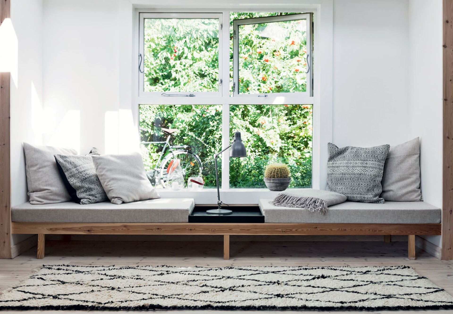 6 Types Of Daybeds That Will Enhance Your Living Room Or Any Other Room The Gem Picker