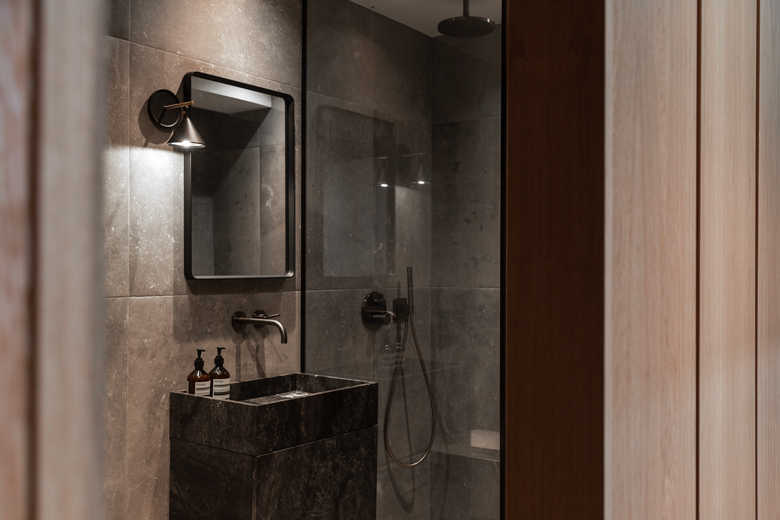 The Audo's bathroom